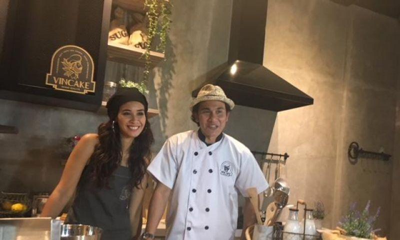 Kelezatan Cake Keluarga Vino Bastian Hadir di Bandung