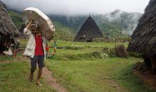 Internet Kini Bisa Diakses di Desa Adat Waerebo