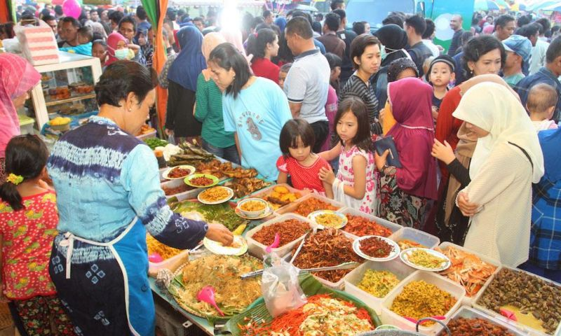 Berburu Makanan Langka di Pasar Wadai Ramadan Banjarmasin