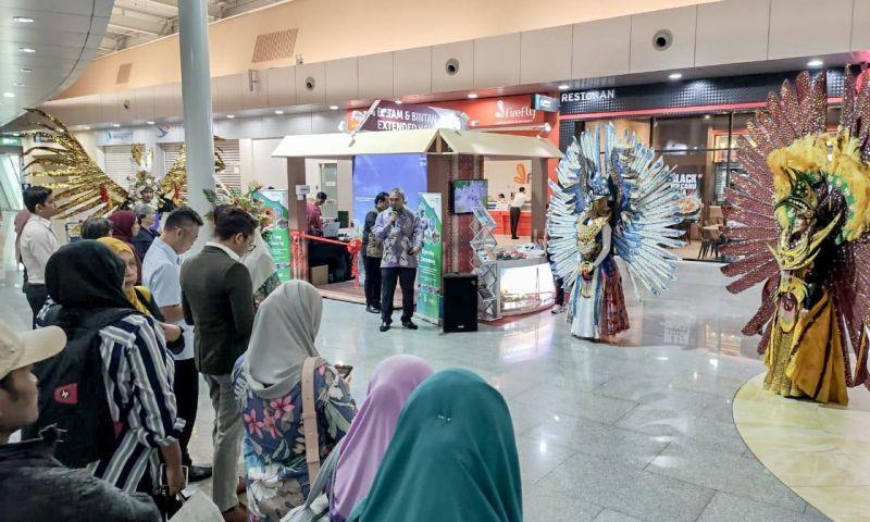 Kemenparekraf Buka Tourism Hub Information Center di Johor Baru